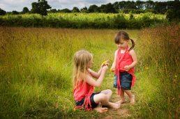 children's photographer Stratford-upon-Avon - Laurence Jones - sisters