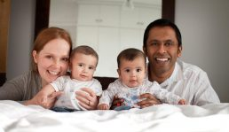 family with twins photographed in Birmingham-Birmingham