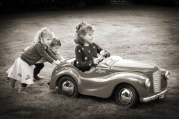 photography of children - Cotswolds - Laurence Jones - children and toy car
