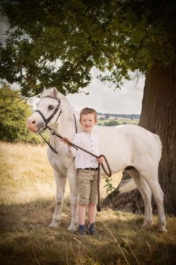 children's-photography-cotswolds-boy and horse