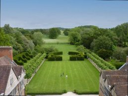 Things to do in Warwickshire with toddlers: coughton