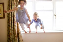 family-portrait-warwick-children-jumping