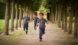 photography-of-children-triplets-worcestershire