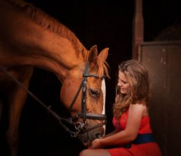 Family photoshoot - girl with her horse - Stratford-upon-Avon